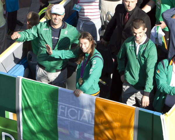 Katie Taylor Waves to Softworks Staff resized 600